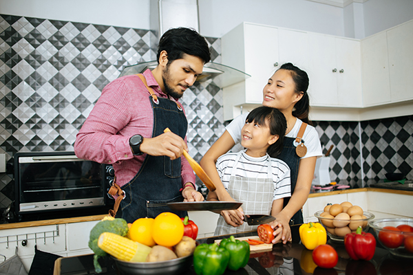 Family cooking time